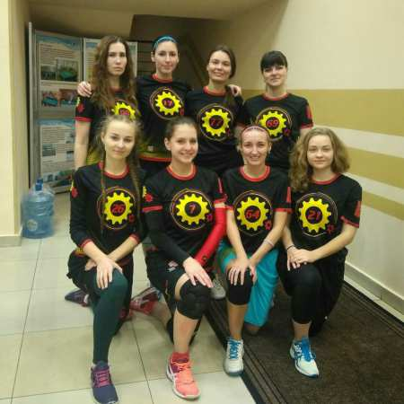 Команда Girls United натурнире ЗаПуск 2017 (ЖД, 8/16)