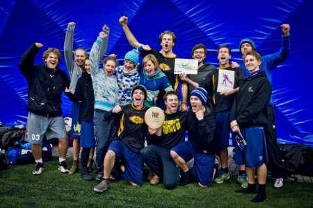 Команда Catchup натурнире BubblePest 2013 (МД, 2/8)