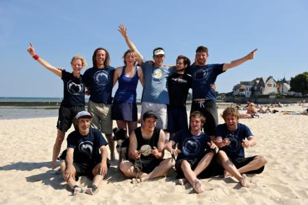 Команда Mooncatchers натурнире Yes BUT Nau 2010 (ОД, 6/24)