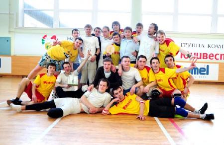 Команда x3 натурнире Закрытие зального сезона 2008/2009 (ОД, 2/10)