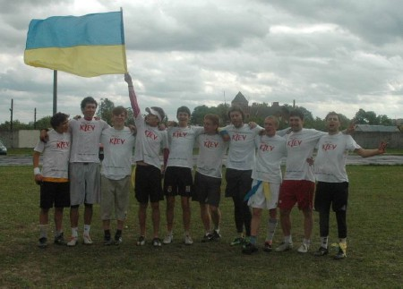 Команда Жиголо натурнире Брест без границ 2006 (ОД, 1/10)