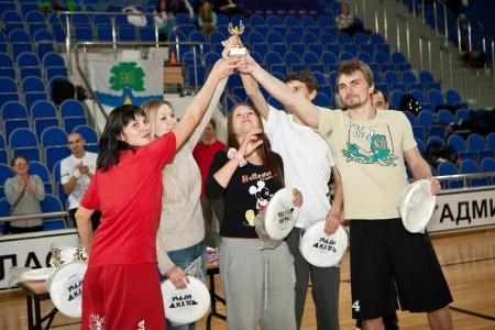 Команда Loosers натурнире Позитрон 2012 (Микс дивизион, 8/18)