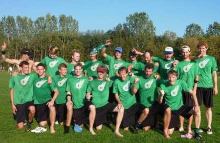 Команда Gentle натурнире EUCF 2011 (ОД, 11/24)