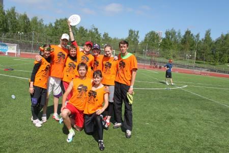 Команда Yabba-Dabba-Dooo! натурнире МФЛД 2012 (2 дивизион, 8/12)