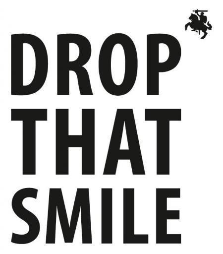 Логотип команды Drop That Smile