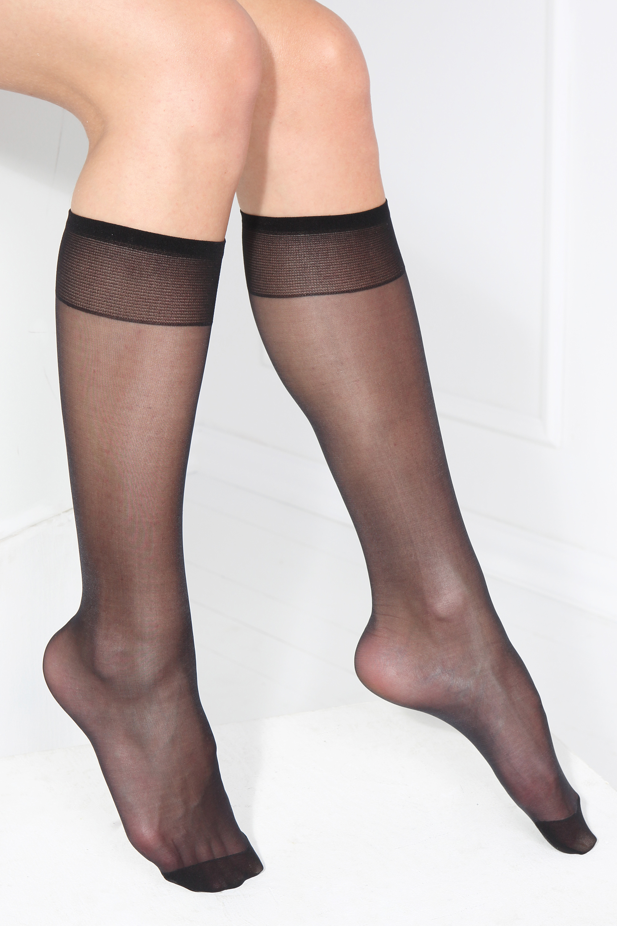 Smart Tights 30DEN black knee highs