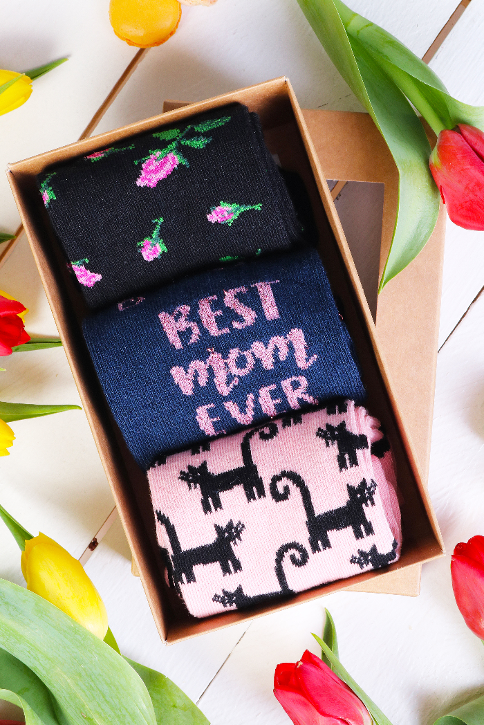 bestsockdrawer-best-mom-mother-s-day-gift-box-with-3-pairs-of-socks