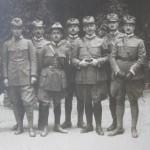 Felixův otec jako italský legionář (druhý zprava)