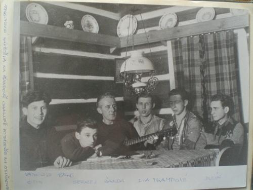 V Šandově chalupě u Severky 1946