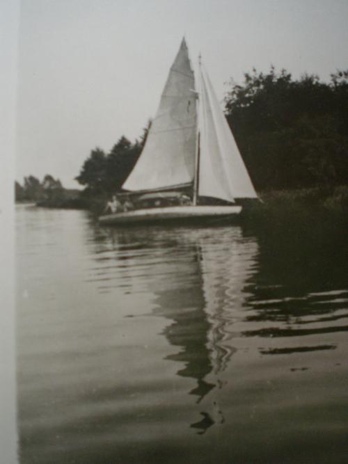 1943-Vorvaň na vodě