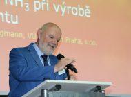 Ing. Jungmann přednáší výsledky v oblasti úniku amoniaku