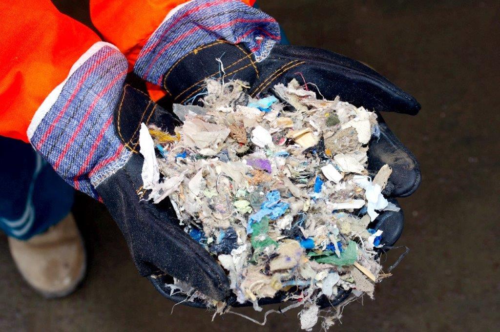 Plastové výměty do paliv pro cementárny