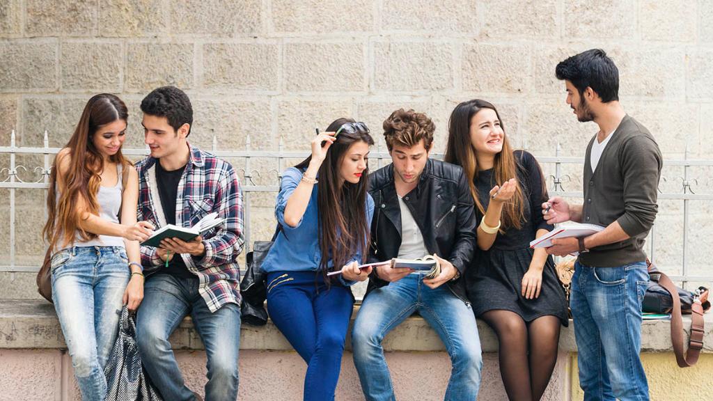 Sogni un percorso nel mondo IT? Scopri gli stage curriculari di UniCredit! image