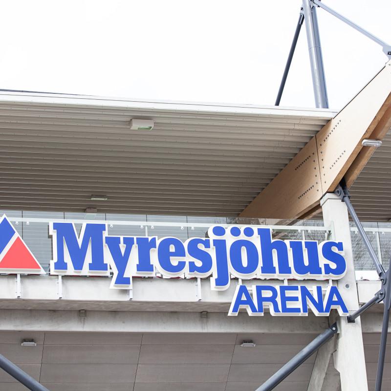 4 622 personer på Myresjöhus Arena