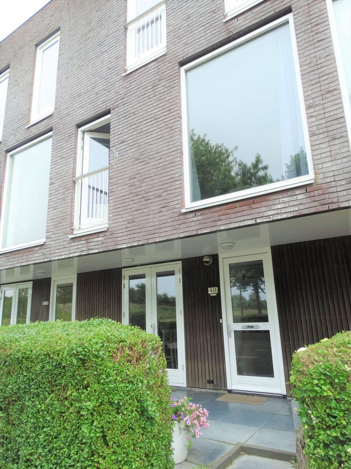 De Muy 411, Hoofddorp