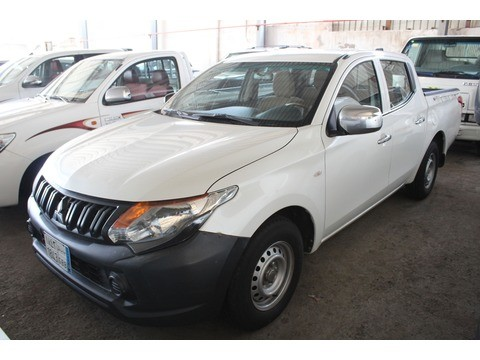 Used Mitsubishi L200 White 2016 For Sale In Jeddah For 42000 Sr
