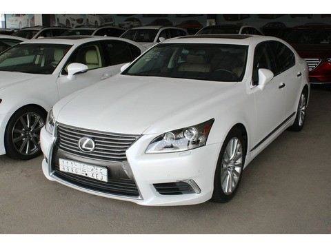 Used Lexus LS White 2013 For Sale In Jeddah For 158,000 SR | Motory ...