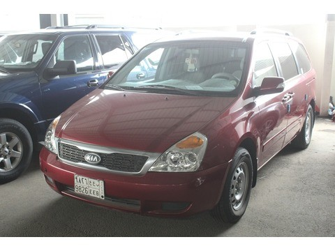 Used Kia Carnival Red 2012 For Sale In Jeddah For 32 000 Sr Motory