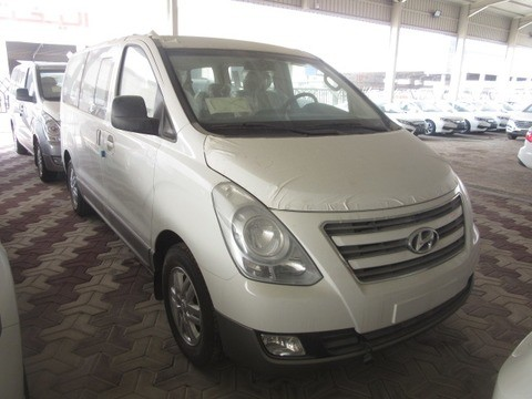 New Hyundai H1 White 2018 For Sale In Dammam For 81 000 Sr Motory