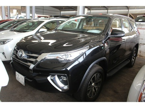 Used Toyota Fortuner Black 2018 For Sale In Jeddah For 125,000 SR   Motory  Saudi Arabia