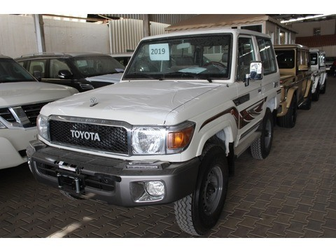 Toyota Land Cruiser 70 >> New Toyota Land Cruiser 70 White 2019 For Sale In Riyadh For 130 175 Sr Motory Saudi Arabia