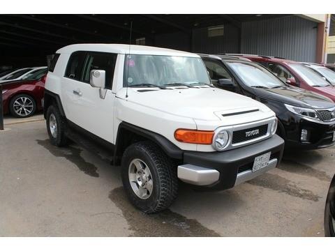 Used Fj Cruiser >> Used Toyota Fj Cruiser White 2009 For Sale In Riyadh For 58 000 Sr Motory Saudi Arabia