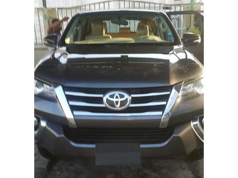 التجارة: استدعاء الدفعة الأولى من سيارات تويوتا لمعالجة مثبتات ...
