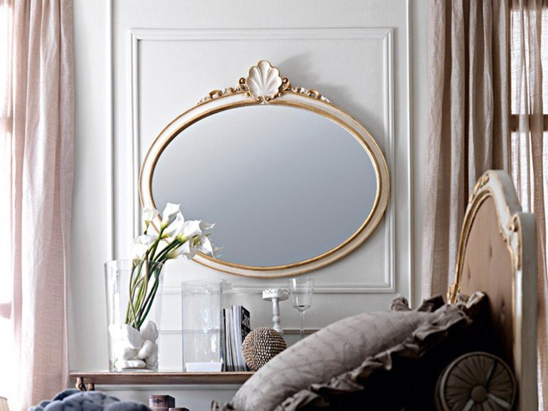 Gilded mirror by Silvano Grifoni