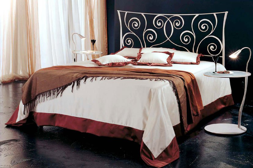 veracchi_mobili_italian_furniture_wrought_iron_bedroom_set