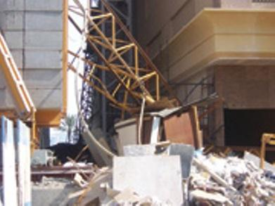 Tower crane accident Sharjah | Vertikal net