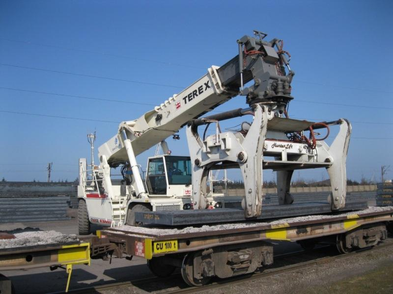 Three Terex reach stackers for Tube City IMS | Vertikal net