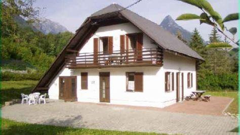 Apartmány a rekreační dům 1057, Bovec - Objekt