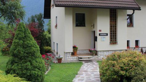 Pokoje a apartmány Bovec 1075, Bovec - Objekt