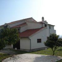 Apartmaji Tribunj 11437, Tribunj - Objekt
