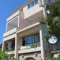 Apartments Makarska 12183, Makarska - Property