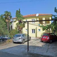 Apartments Njivice 12888, Njivice - Property