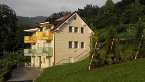 Apartmány 2496, Laško - Objekt