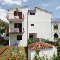Apartments and rooms Starigrad 6132, Starigrad - Exterior