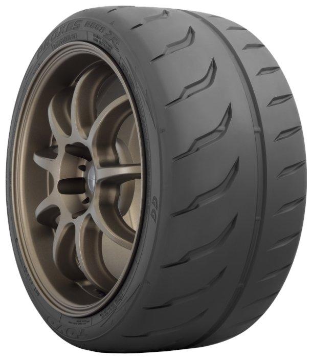 Автомобильная шина Toyo Proxes R888R летняя