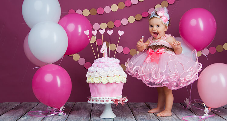 1 Yaş Doğum Günü Partisi Nasıl Yapılır?