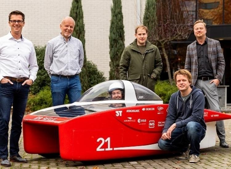 Featured image of VIRO RED-partner van Solar Team Twente - Solar groepsfoto - VIRO NL