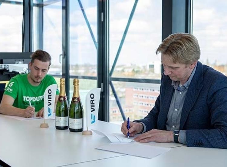 Featured image of VIRO tekent sponsorcontract met Top Dutch Solar Racing - Top Dutch Racing ondertekening sponsorcontract - VIRO NL