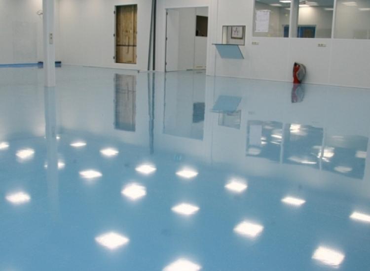 First image of project: Industriele en Utiliteitsbouw Cleanroom stork veco - VIRO NL