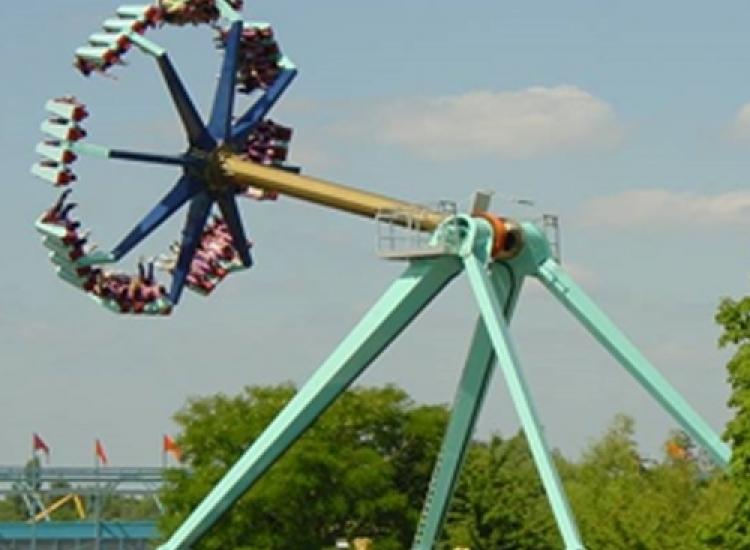 Development of fairground attractions Attractie machinebouw kermisattracties 01 - Careers (EN)