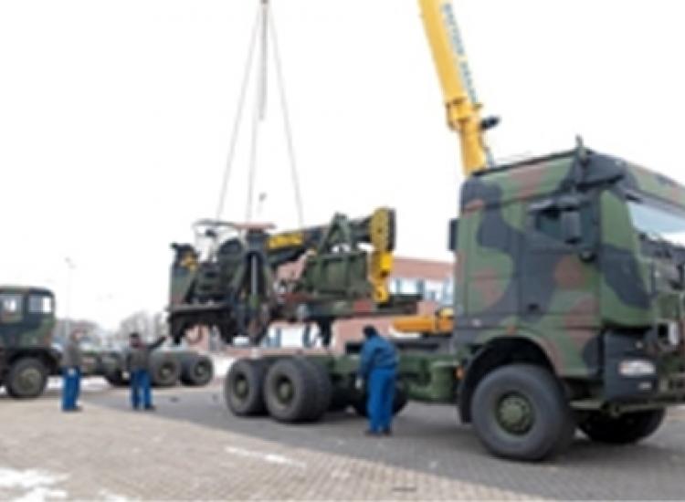 First image of project: Automotive defensie zware voertuigen upgrade bergingsvoertuig defensie 02 - VIRO NL