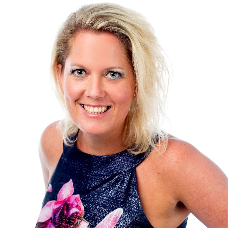 Portrait of Angie Boosten - Viro Group