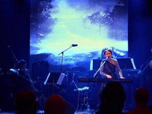 06 Chernips - Passing Human Parade - Live at Tavastia 11.1.2013