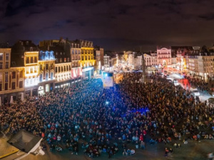 """Video mapping contest Théatre du nord (Lille/France)        """"Glitch Time"""""""
