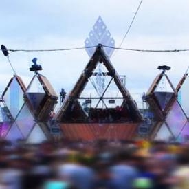 Cirque Magique - Feestgedruis Stage