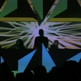 Roxy - triangles - kinocirkus video mapping